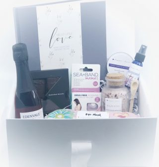 The First Trimester Gift Box (Ready-made)