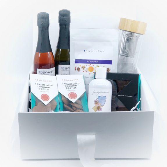 The New Mum Gift Box (Ready-made)